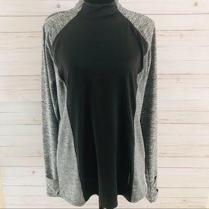 Reebok Women's Sweatshirt